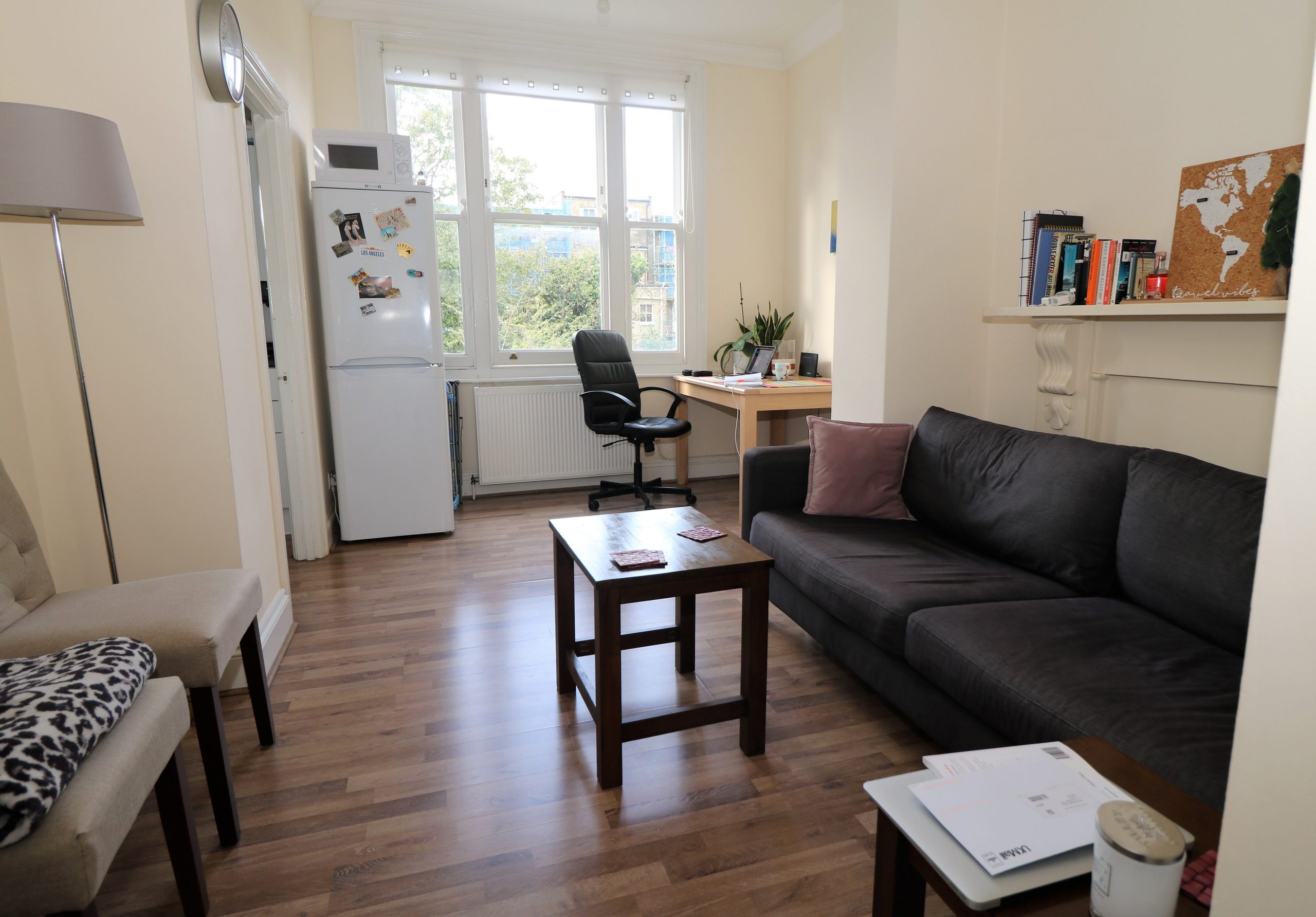 First floor 2 double bedroom flat in Islington, N4. Wood floors, separate lounge and kitchen great condition near zone 2 tube
