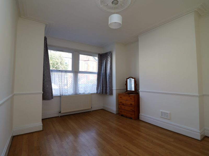 Ground floor two double bedroom garden conversion near Manor House, N4