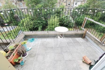 Second floor one double bedroom conversion with a roof terrace in Islington, N4